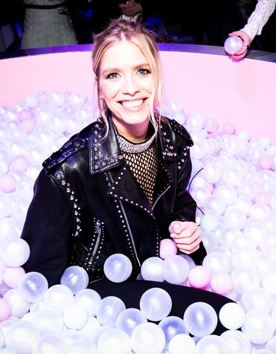 Наталья Водянова устроила благотворительную ярмарку в Лондоне - Фото №3