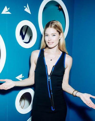 Наталья Водянова устроила благотворительную ярмарку в Лондоне - Фото №4
