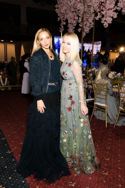 Тимати и Рудковаская станцевали лезгинку на модном показе Firdaws в Грозном - Фото №7