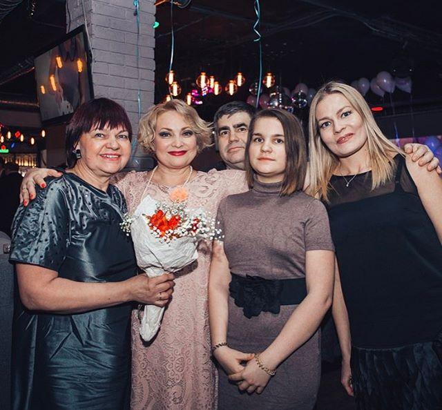 Светлана Пермякова устроила пышную вечеринку в честь своего 45-летия - Фото №3