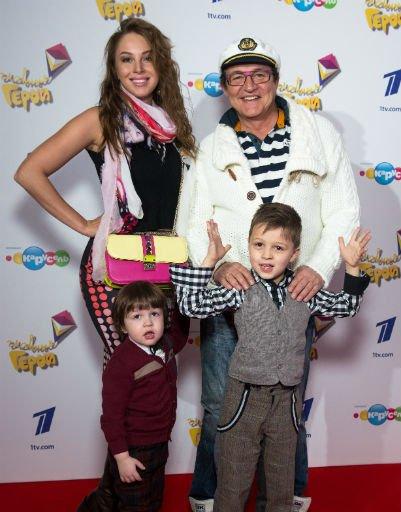 Ксения Собчак и Максим Виторган показали семейную идиллию - Фото №6