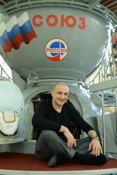 Михаил Турецкий с семьёй посетил Звёздный городок - Фото №1