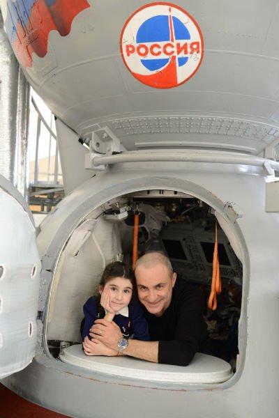 Михаил Турецкий с семьёй посетил Звёздный городок - Фото №3