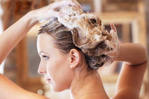 Развенчивание популярных мифов про шампуни для волос
