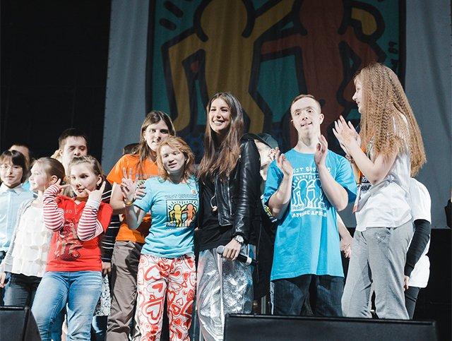 Эмин, Глюкоза, Сати Казанова и другие на танцевальном марафоне «Лучшие друзья» - Фото №2