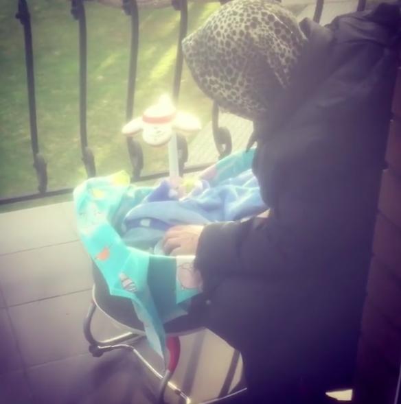 Егор Кончаловский показал ручку своего малыша