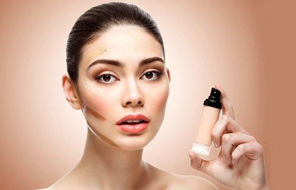 Как вовремя заметить ошибки в нанесении макияжа