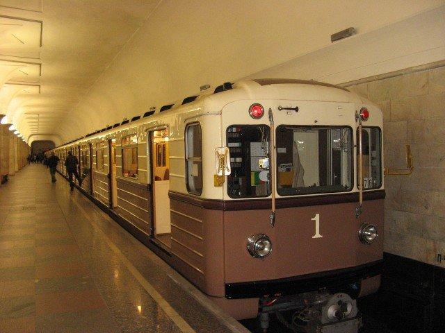 Московский метрополитен торжественно отмечает 82-летие