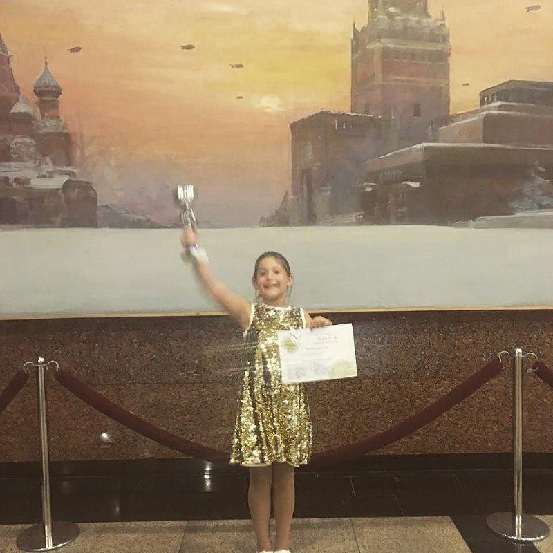 Дочь Даны Борисовой опубликовала видеообращение к матери