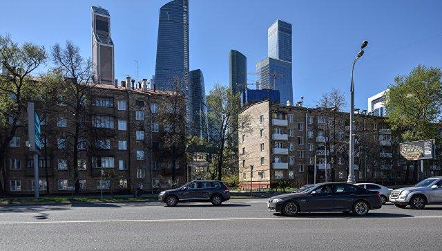Мэр Москвы предложил жителям пятиэтажек гарантии за участие в программе реновации