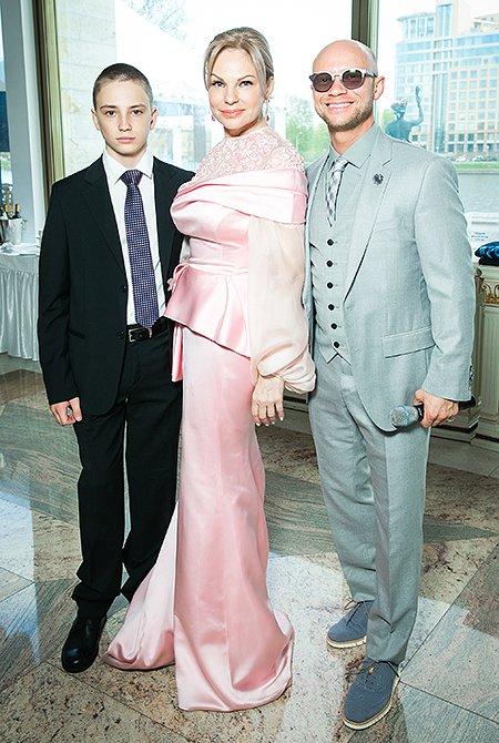 Собчак, Орлова, Кержакова и другие знаменитости на «Цветочном балу» - Фото №6