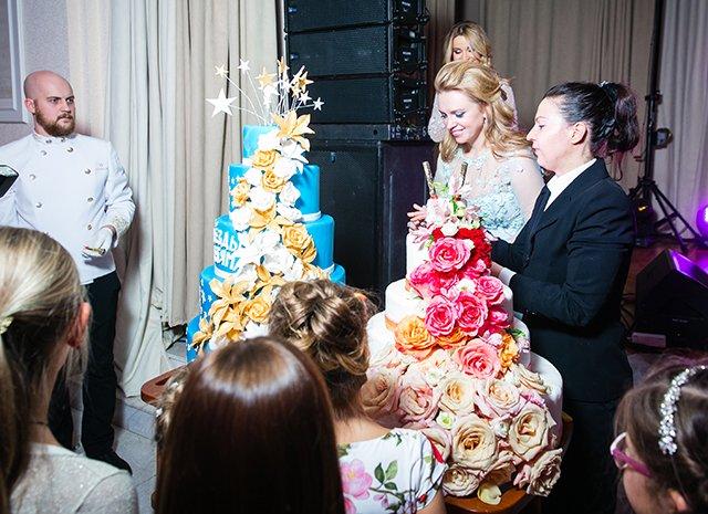Собчак, Орлова, Кержакова и другие знаменитости на «Цветочном балу» - Фото №13