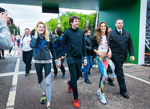 Звёзды, модели и политики пробежали «Зелёный марафон» в Москве