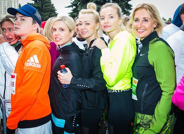 Звёзды, модели и политики пробежали «Зелёный марафон» в Москве - Фото №1