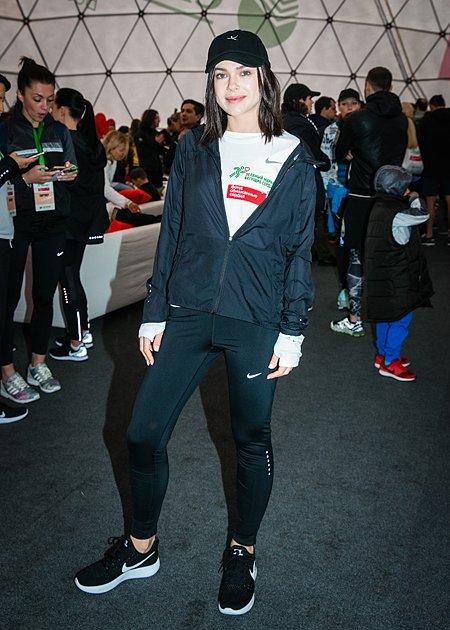 Звёзды, модели и политики пробежали «Зелёный марафон» в Москве - Фото №4