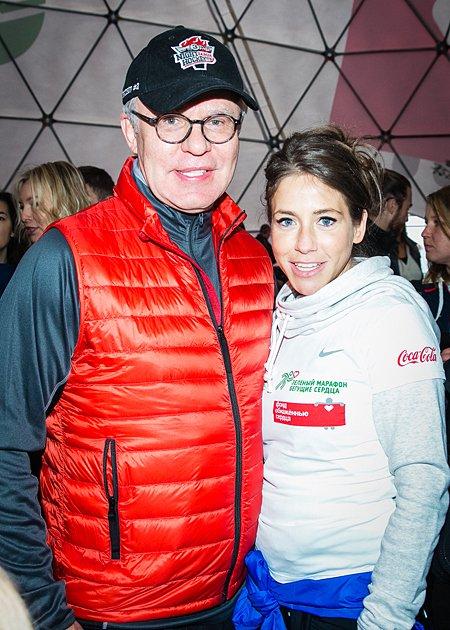 Звёзды, модели и политики пробежали «Зелёный марафон» в Москве - Фото №5
