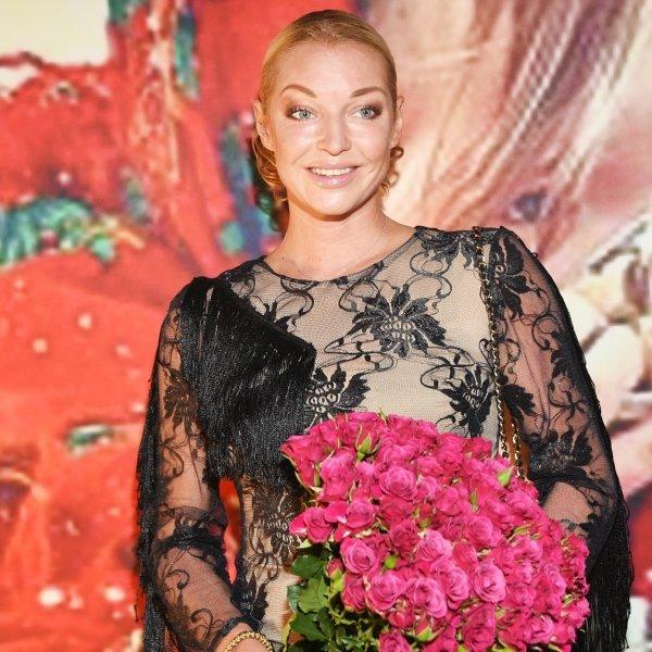 Анастасия Волочкова взялась за старое