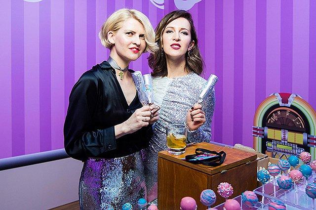 Шнурова и Киценко продавали мороженое на благотворительном вечере - Фото №12