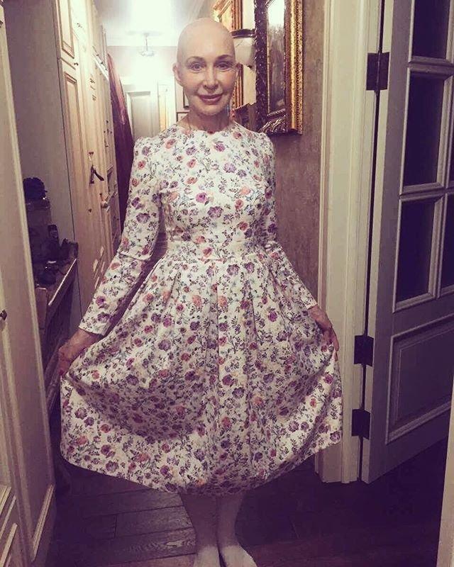 Татьяна Васильева показала фото, где она лысая