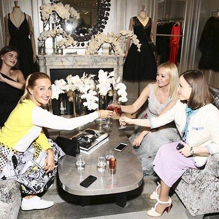 Яна Рудковская пригласила звёздных подруг на девичник перед венчанием - Фото №8