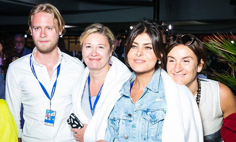 Сысоева, Шпица и Цуканова-Котт удивляли гостей «Кинотавра» вокальными способностями