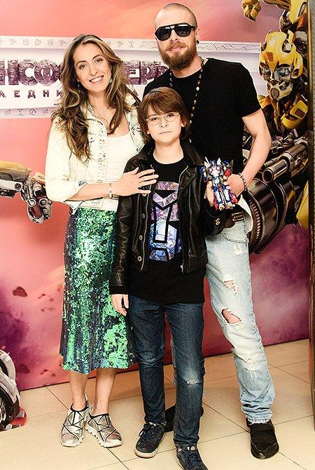 Селебрити и их дети на премьере очередных «Трансформеров» - Фото №11