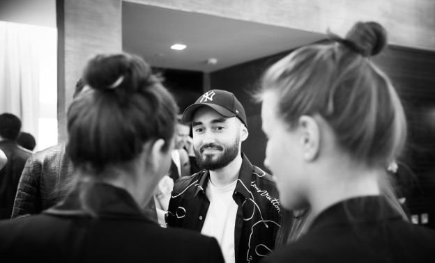 Мот с супругой побывали на презентации часов от Louis Vuitton - Фото №2