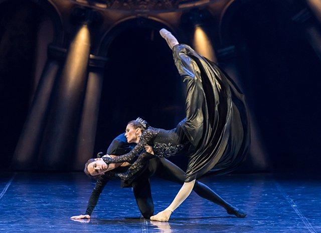 Знаменитости на премьере «Русского Гамлета» - Фото №2