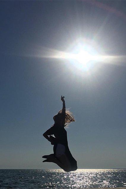 Светлана Ходченкова проводит отпуск в Греции - Фото №5