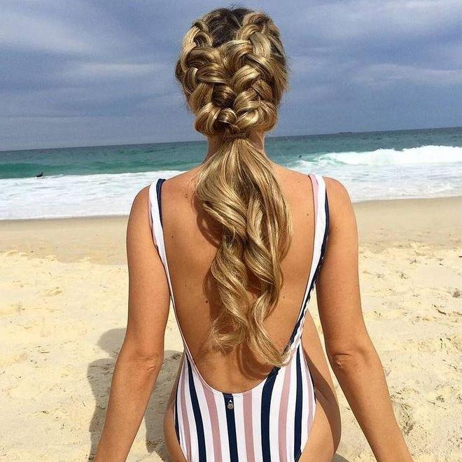 пляжная фото прическа