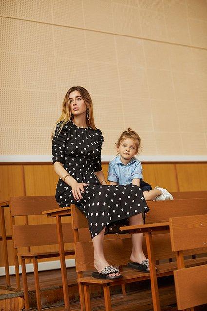 Селебрити примеряли на своих детей школьную форму от H&M - Фото №2