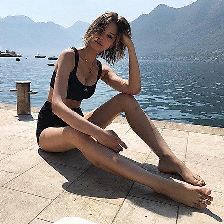 Леся Кафельникова в потрясающей фотосессии в Черногории - Фото №2