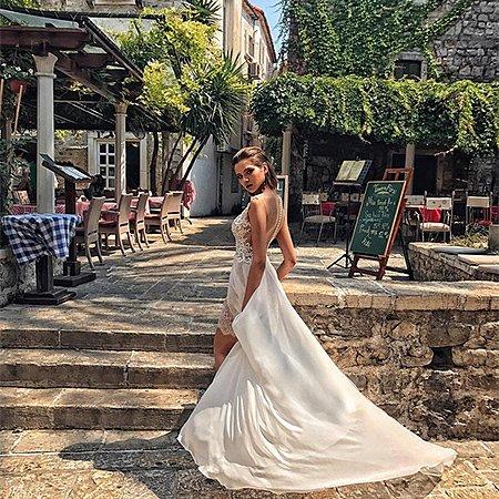 Леся Кафельникова в потрясающей фотосессии в Черногории - Фото №1