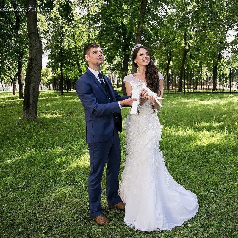 Свадебное платье Рапунцель поедет на международную выставку в Канаду