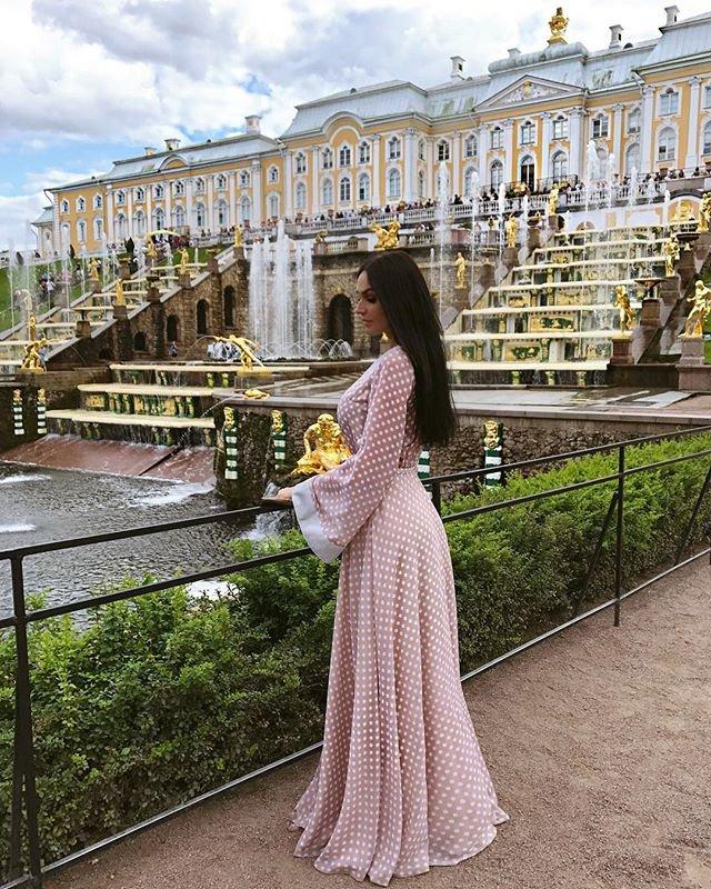 Алену Водонаеву пристыдили за вызывающий снимок