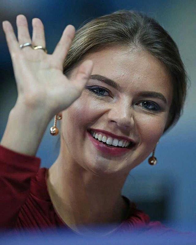 Итальянцы оценили прозрачный наряд Алины Кабаевой