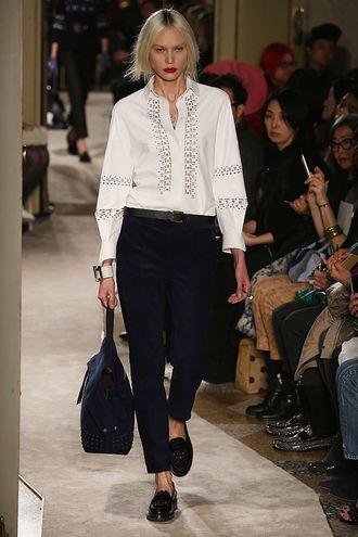 Белая рубашка - обязательный предмет гардероба стильной женщины
