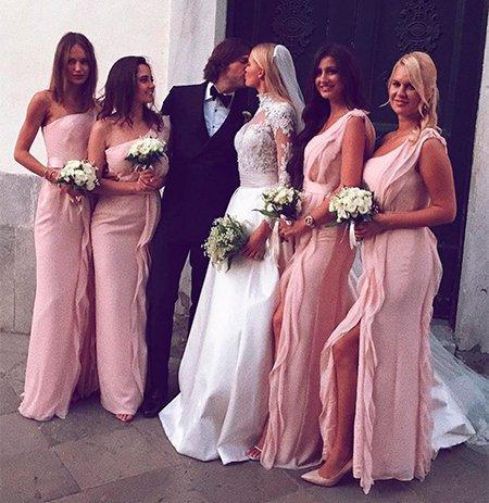 Самые шикарные свадьбы знаменитостей, сыгранные во второй половине лета - Фото №7