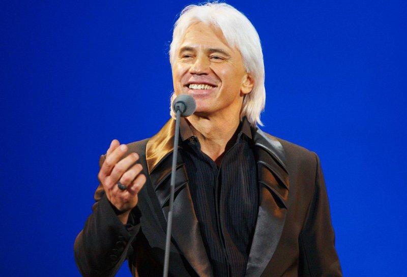 Из-за болезни Дмитрий Хворостовский не может петь