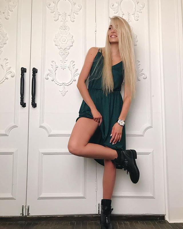 Кристина Дерябина расстроена из-за запрета на маммопластику