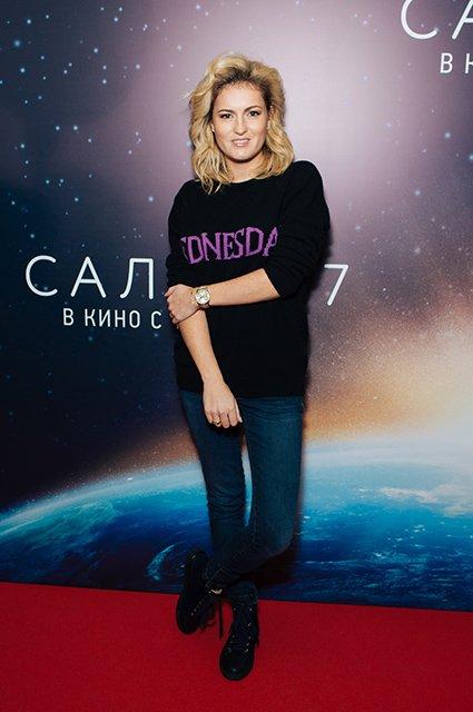 Елена Лядова поддержала Владимира Вдовиченкова на премьере «Салют-7» - Фото №3