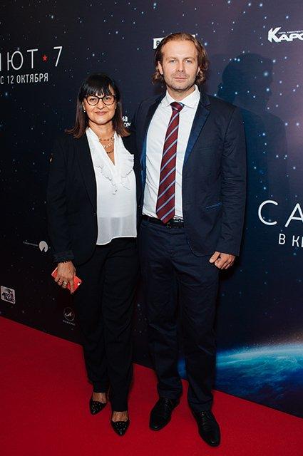Елена Лядова поддержала Владимира Вдовиченкова на премьере «Салют-7» - Фото №15