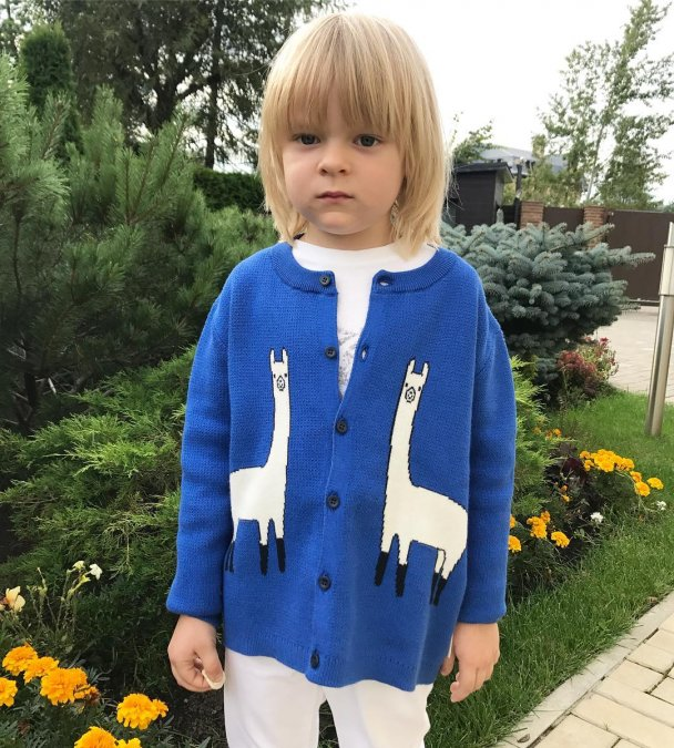 Самые красивые и популярные дети звёзд - Фото №8