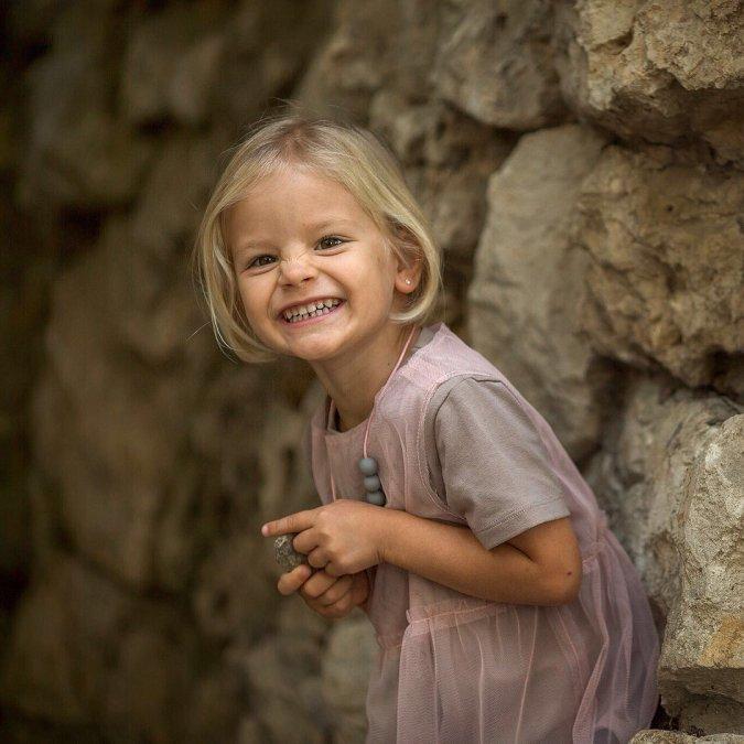 Самые красивые и популярные дети звёзд - Фото №4