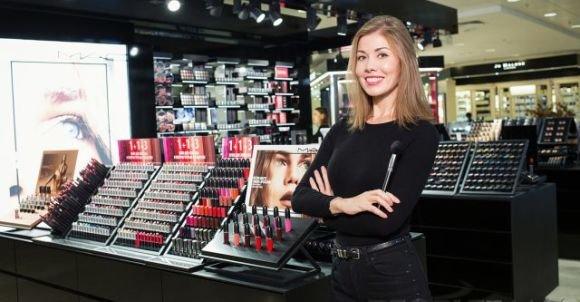 Как сделать модный дневной и вечерний макияж: советы визажиста