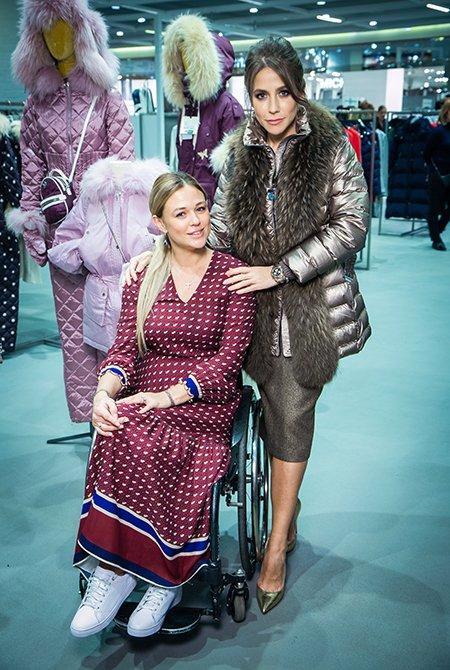 Знаменитые модницы утеплились в новом корнере Naumi - Фото №1