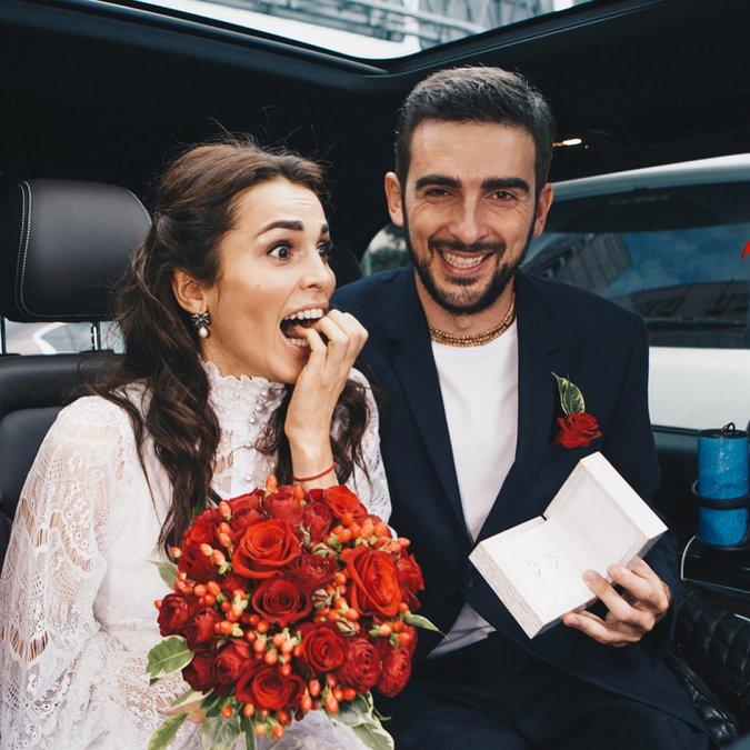 Сати Казанова показала, как прошла её первая свадьба - Фото №4
