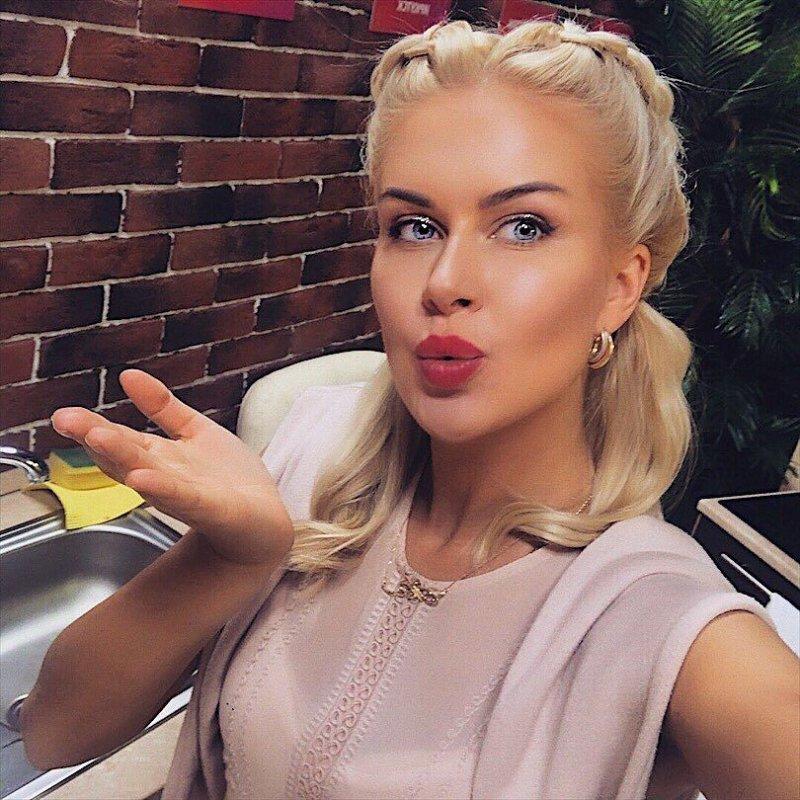 Марина Африкантова не нравится маме Романа Капаклы