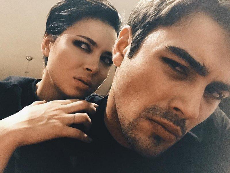 Настасья Самбурская вышла замуж за давнего возлюбленного