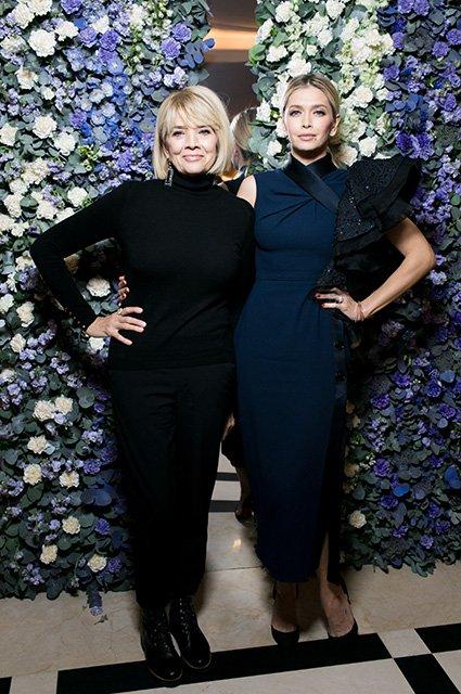 Вера Брежнева с мамой на модном показе - Фото №1
